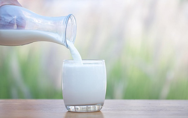 Low Fat Milk- Best Testosterone Boosting Foods